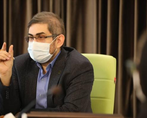 ریاست محترم دانشگاه علوم پزشکی کاشان و هیات همراه از داروسازی باریج اسانس 8